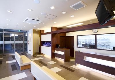 フラワー薬局 横浜本牧店